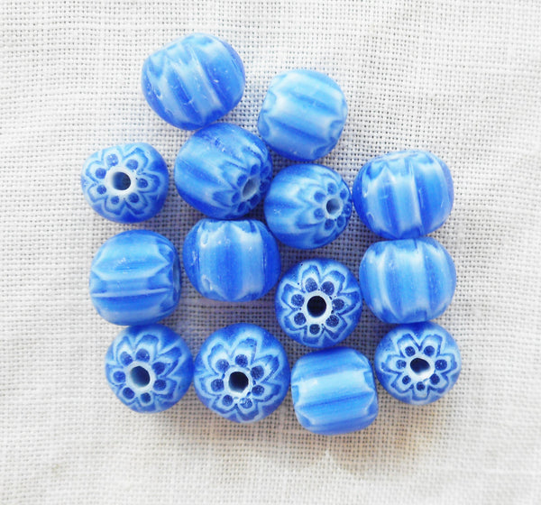 Lot of 25 blue and white striped chevron glass Beads 6 x 7mm C1401 - Glorious Glass Beads