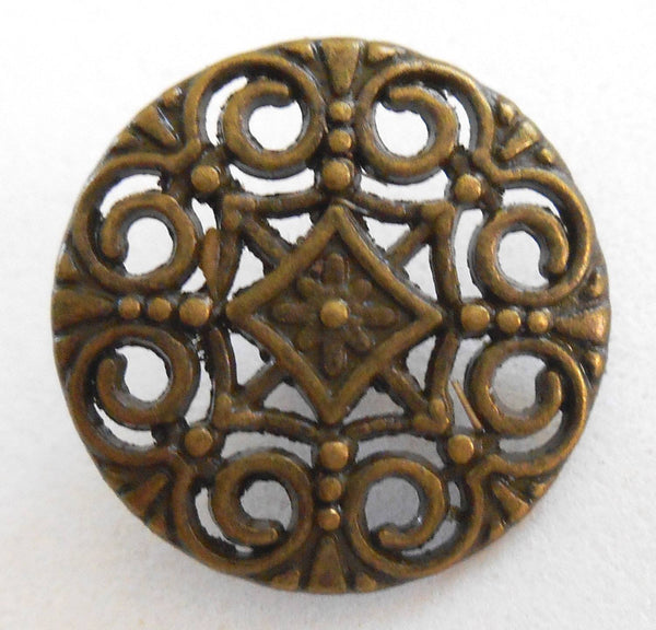 One antique bronze decorative shank button with openwork, 18mm, C3211
