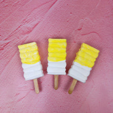 Load image into Gallery viewer, Handmade Lemon Meringue Marshmallow Pops
