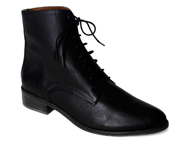 Rainer Lace-Up Ankle Boot