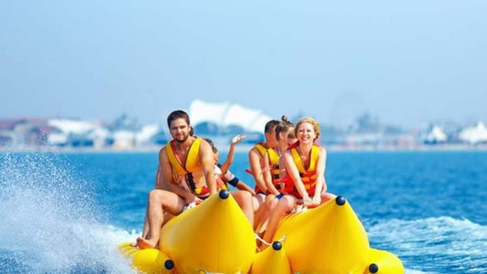 What Is a Banana Boat Tube (And Why Do I Need One?)