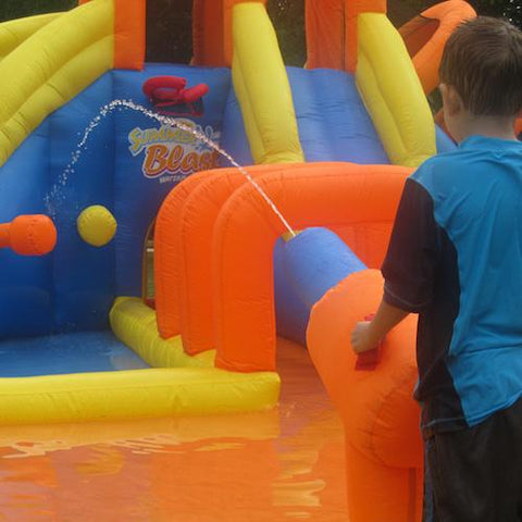 KidWise Summer Blast Waterpark spray cannon in use