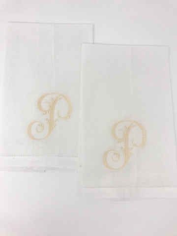 Guest towel duo with arabesque monogram