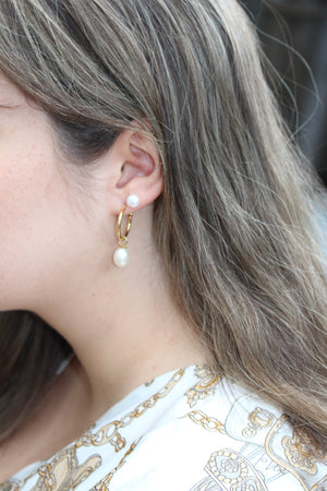ASTRID GOLD HOOPS