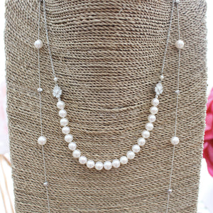 ABBEY PEARL NECKLACE