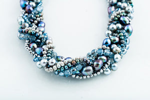 ALY BLUE PEARL NECKLACE