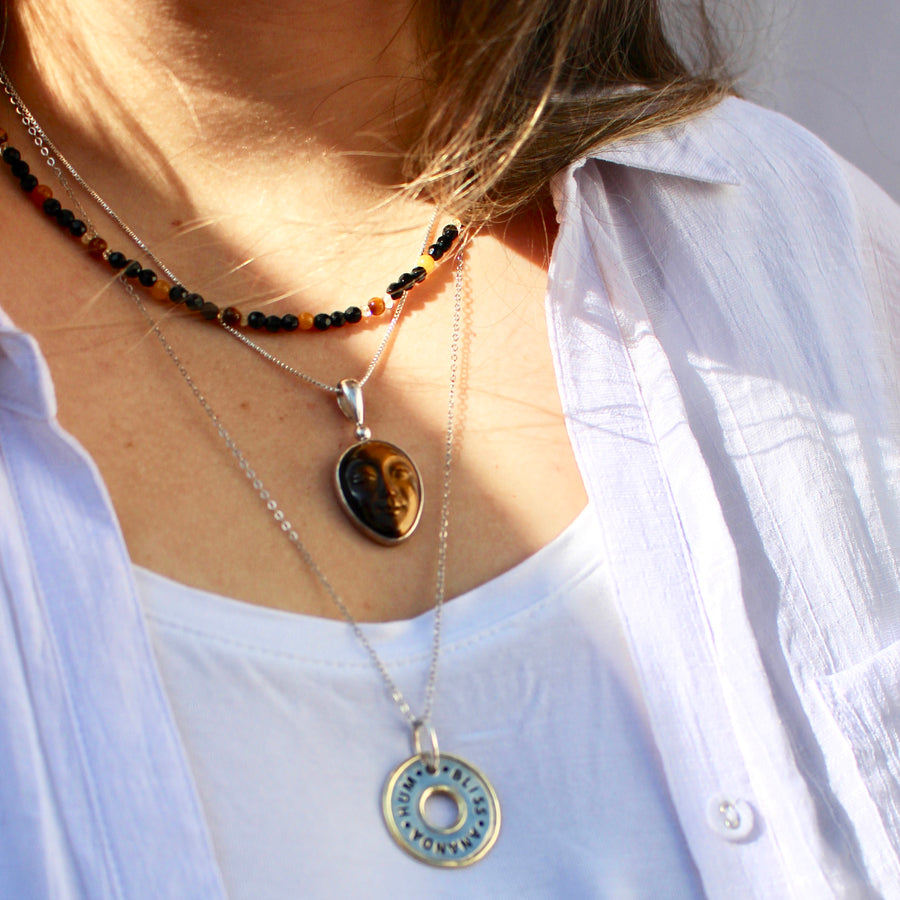 TIGER EYE & ONYX NECKLACE