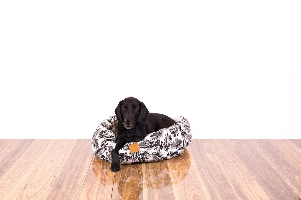 Mog & Bone Reversible Bed - Black Tropical Leaves