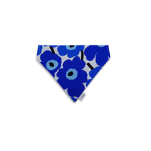 Load image into Gallery viewer, 6FIVE Reversible Blue Bandana in Marimekko Fabric