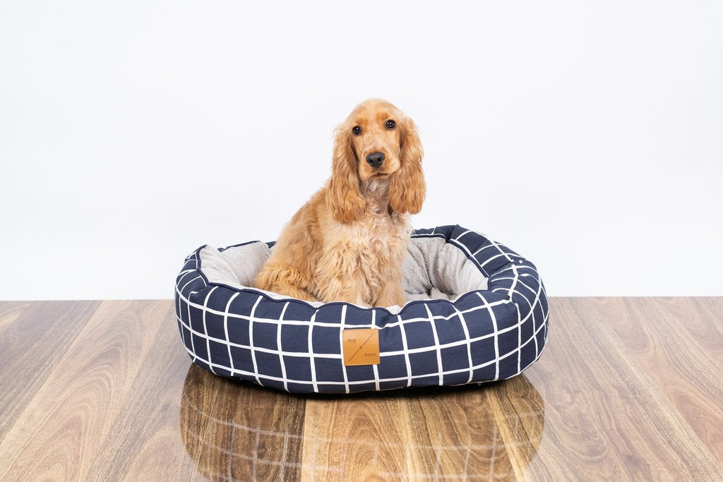 Mog & Bone Reversible Bed - Navy Check