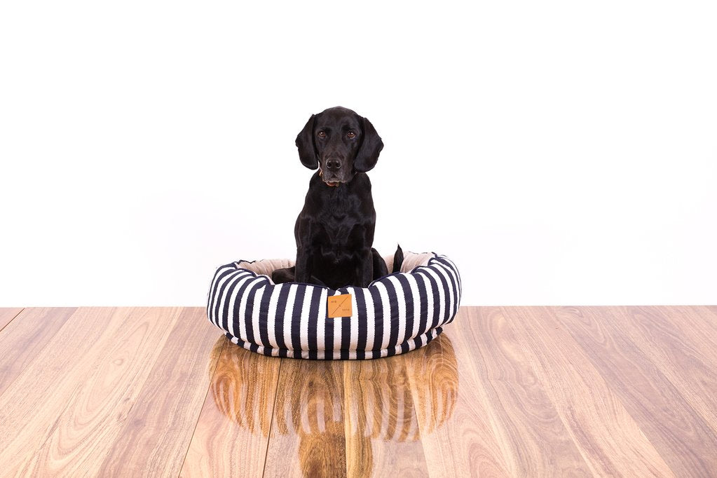 Mog & Bone Reversible Bed - Navy Hamptons Stripe