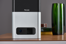 Load image into Gallery viewer, Petcube Bites Interactive Camera