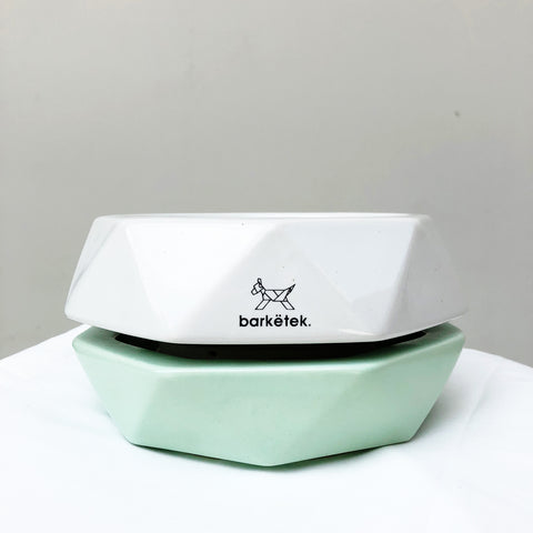 Barkëtek Anti-Ant Geowl Bowl in White