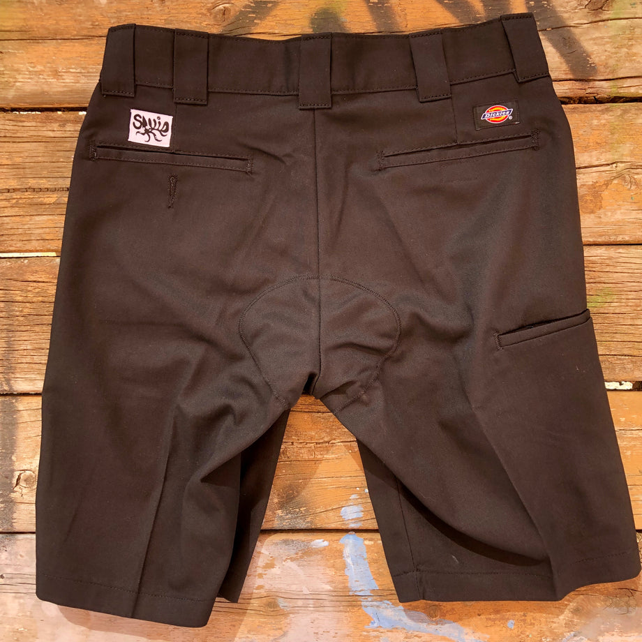 Dickies with a Chamois - Minimalist