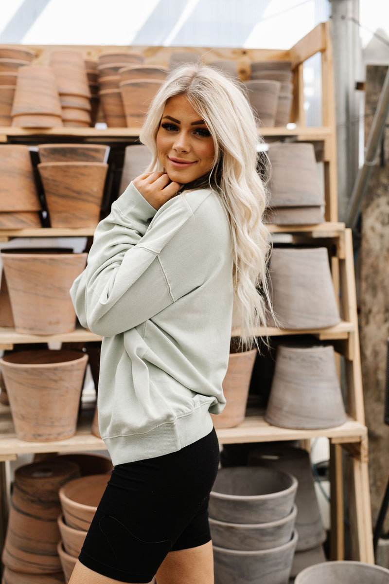 Melanie Pullover - 3 Colors