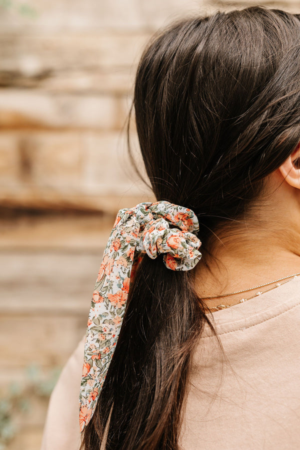 Look Up Scrunchie Scarf
