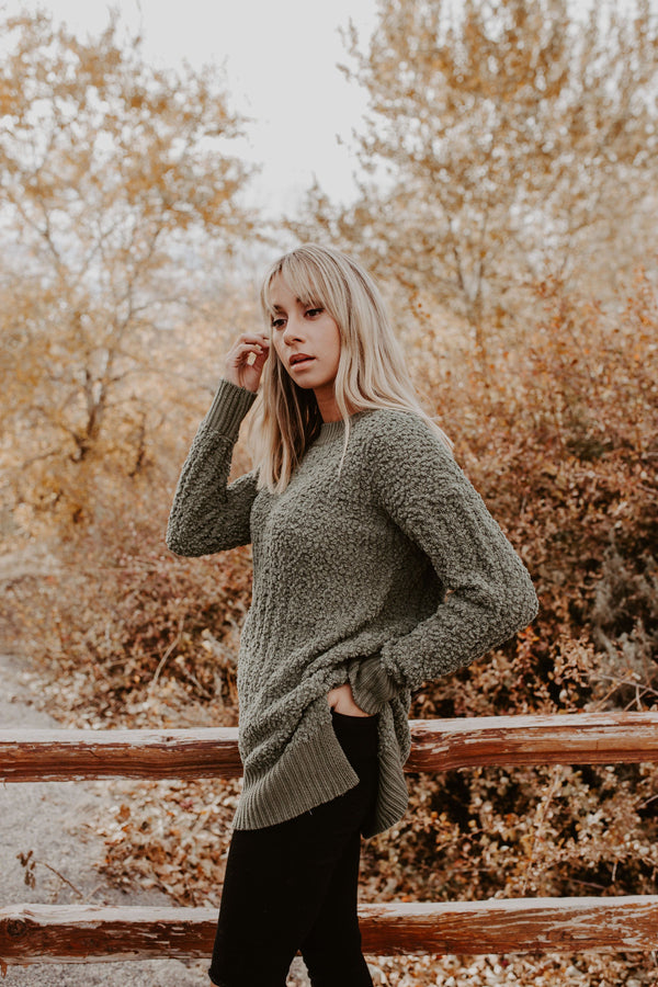 Common Thread Sweater - 2 Colors