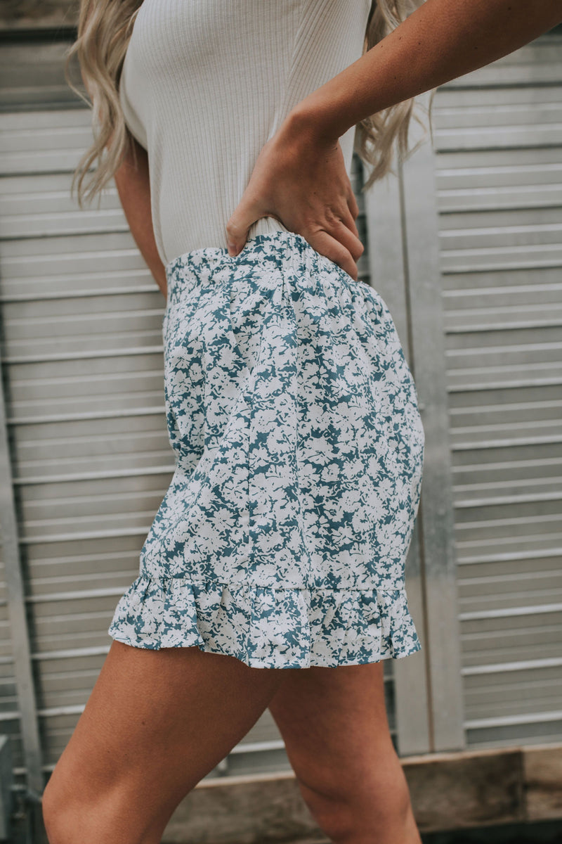 Flower Child Shorts - 2 Colors