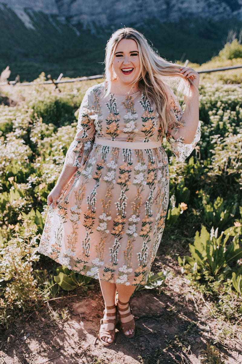 PLUS SIZE - Raleigh Floral Dress