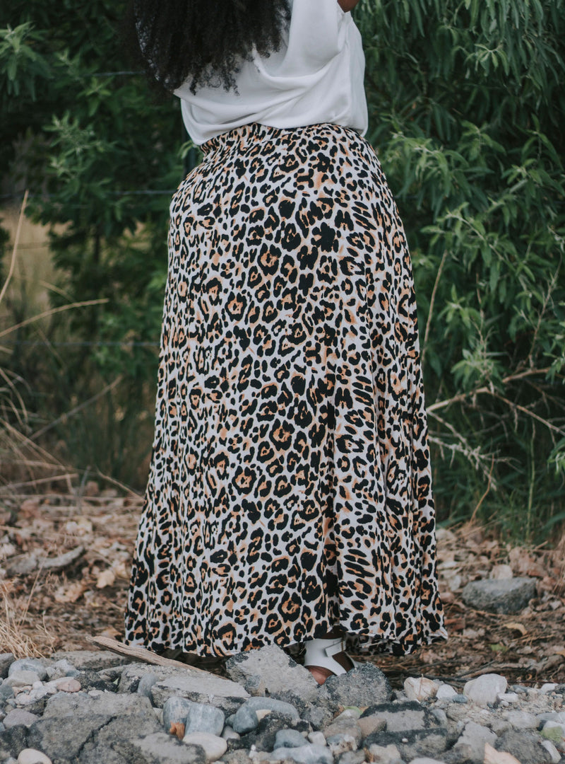 PLUS SIZE - Sonya Skirt