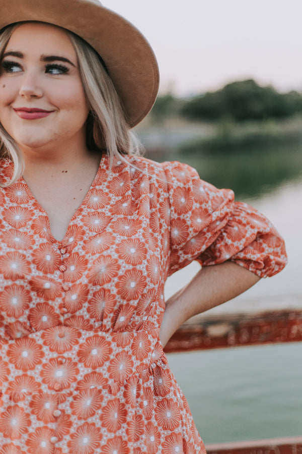 PLUS SIZE - Sunburst Dress