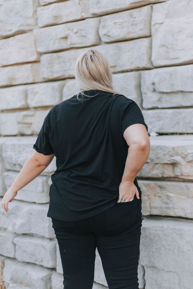 PLUS SIZE - Wild And Free Tee