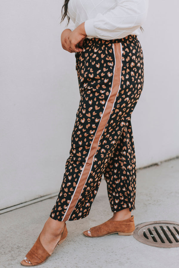 PLUS SIZE - Leopard Stripe Pants