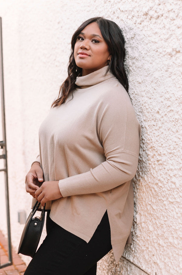 PLUS SIZE - Tay Sweater