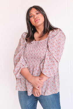 PLUS SIZE - Fall Is Coming Top