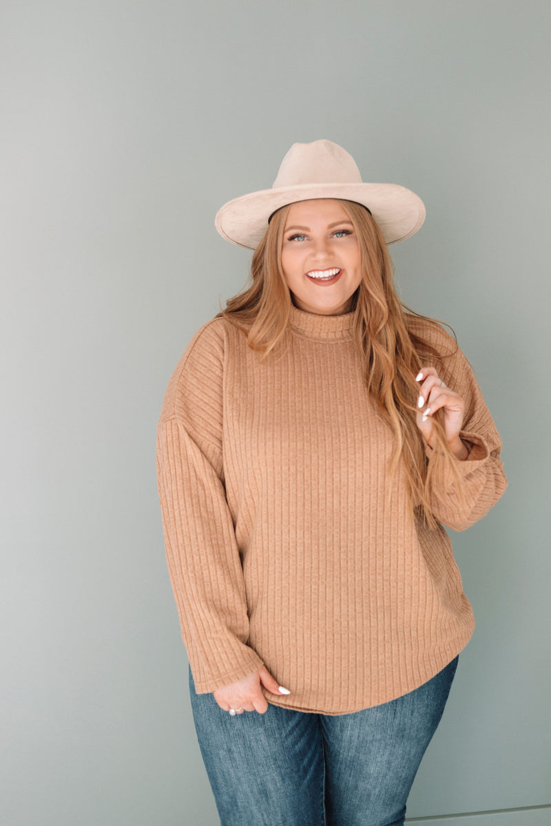 PLUS SIZE - Kia Sweater
