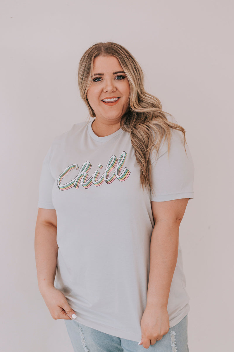 PLUS SIZE - Chill Graphic Tee