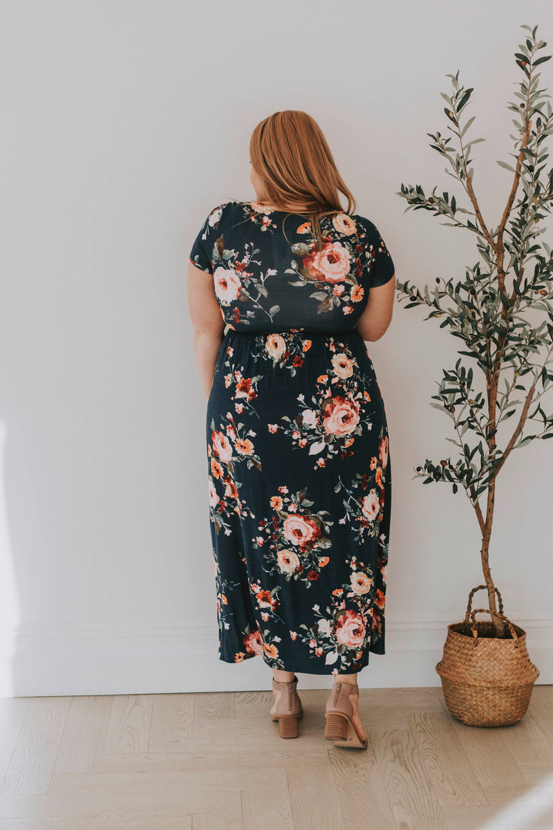 PLUS SIZE - Rise And Shine Floral Dress