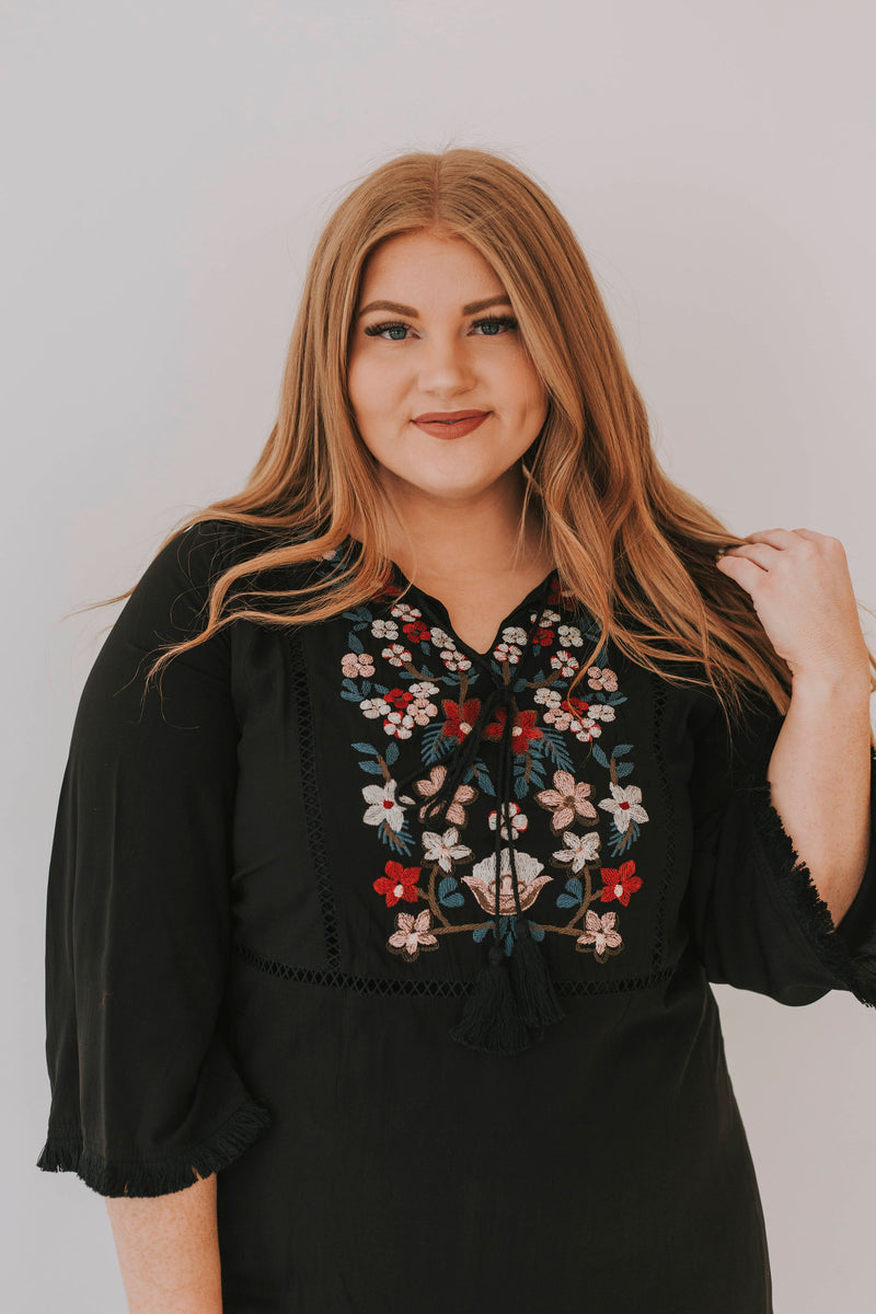 PLUS SIZE - Sweet Creature Dress