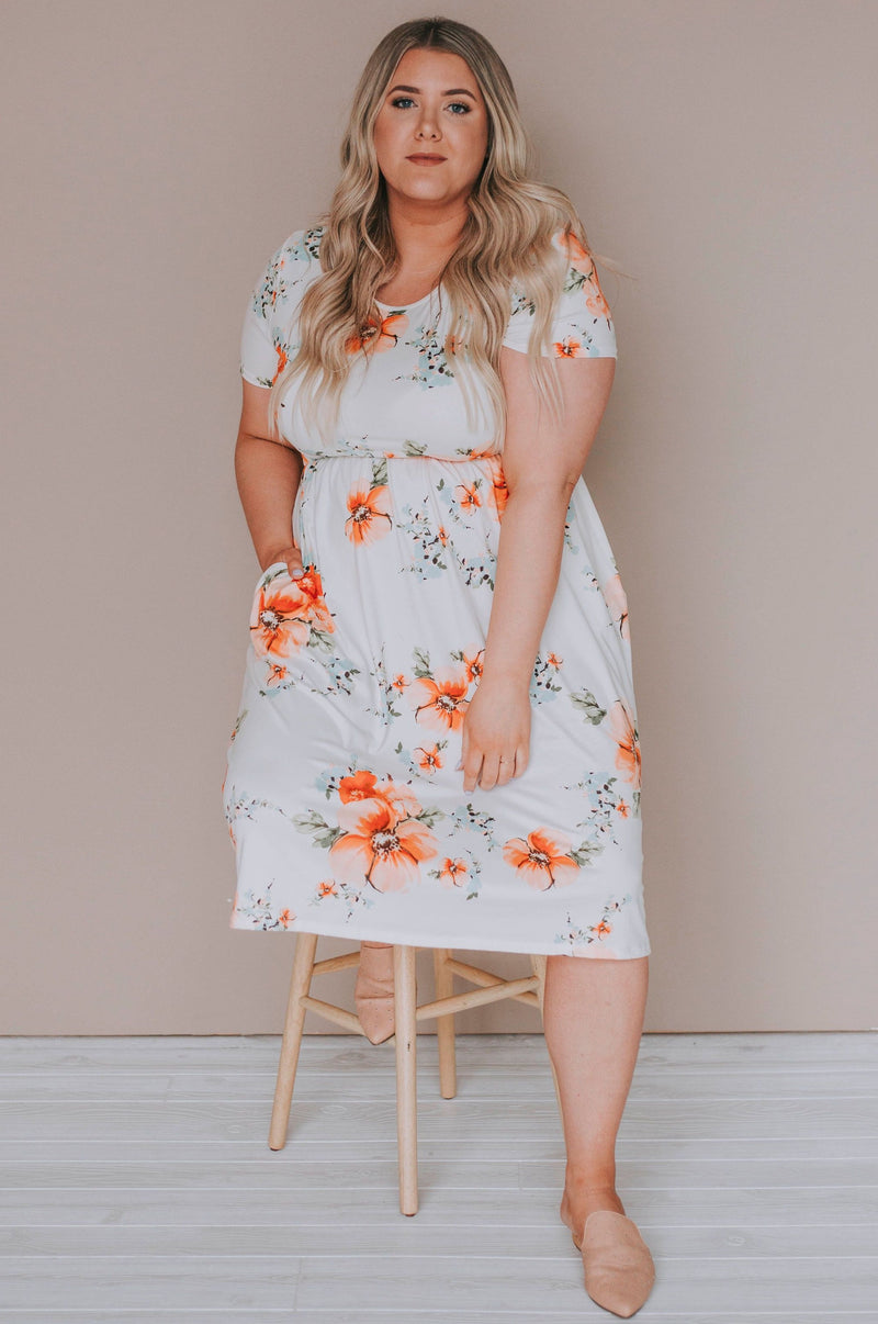 PLUS SIZE - Clark Floral Dress
