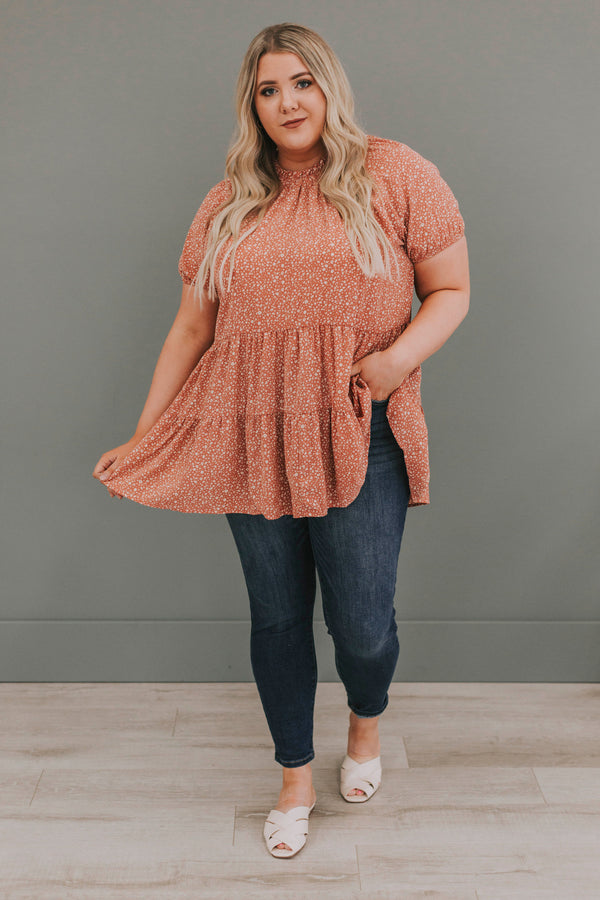 PLUS SIZE - Paulina Spotted Top