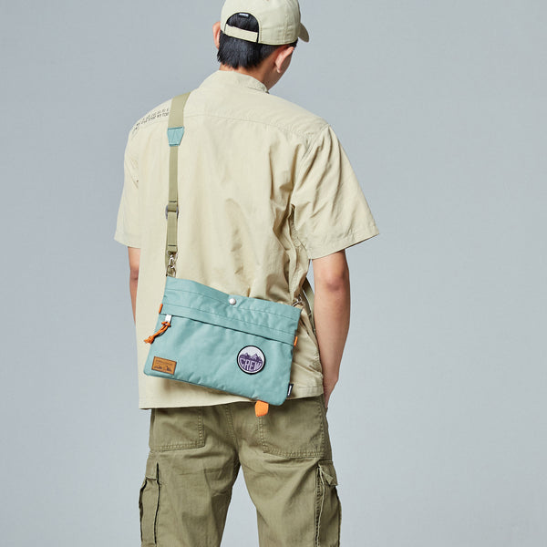 Outdoor Exploration Pouch