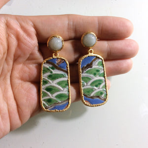 Green waves porcelain with jade stud earrings