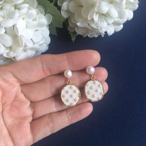 Cream hobnail ceramic & mini freshwater pearl earrings