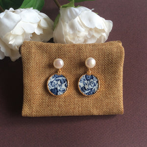 Blue and white Azulejos porcelain with freshwater pearl studs