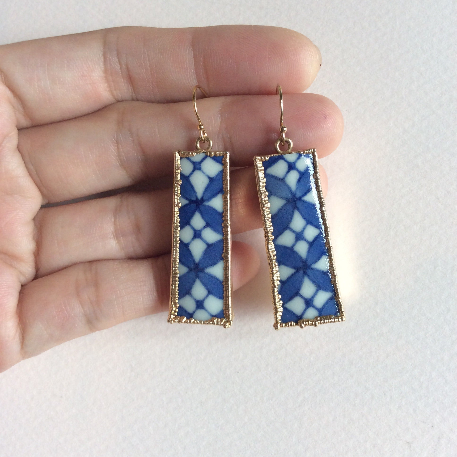 Blue & white trellis motif porcelain hook earrings