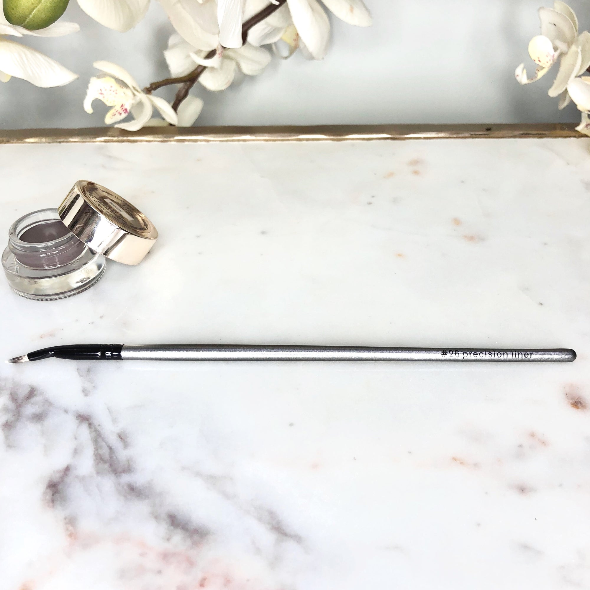 Precision Bent Eyeliner Brush