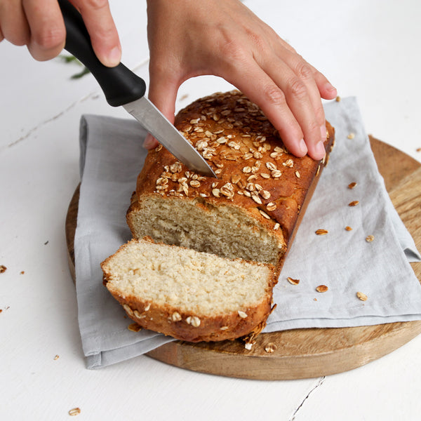 R E C I P E: Honey Oat Bread