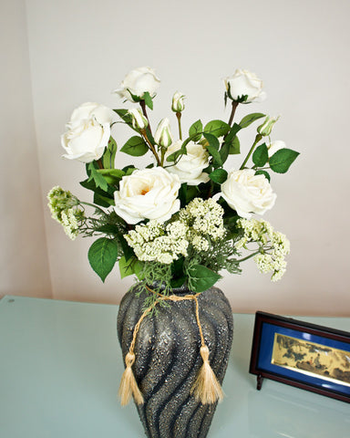Rosey Posey Bouquet - White