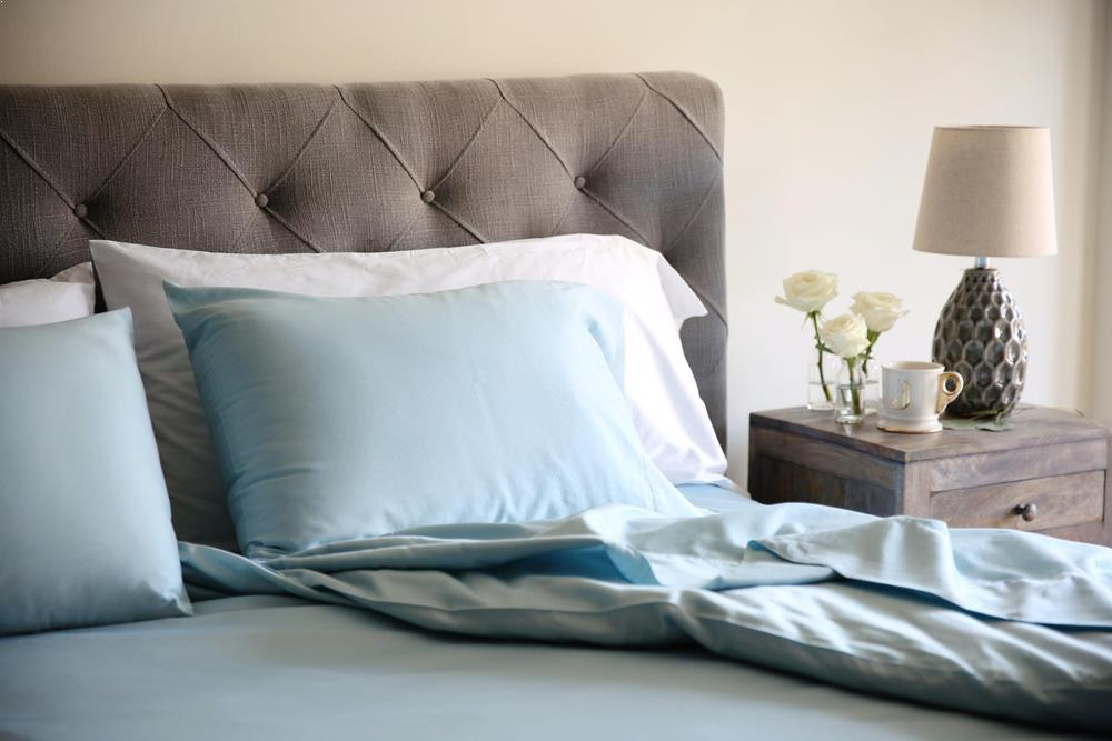 Classic Hem Pillowcases - Aqua - JEFFERSON LANE