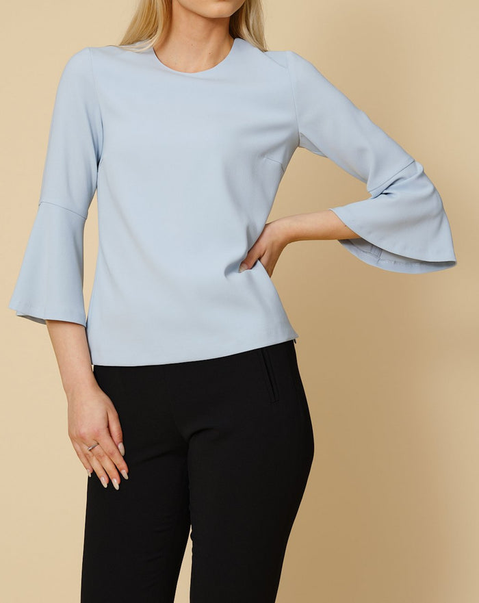 Tailored Top Ellie in sky