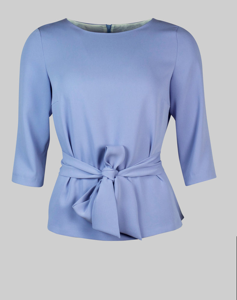 Tailored top Sophie in dusky blue