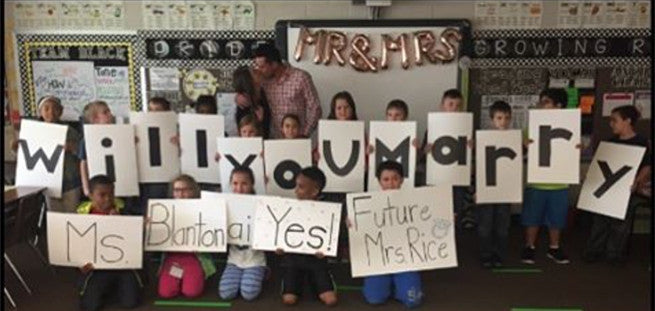 Boyfriend's Proposal With 2nd Graders Will Melt Your Heart