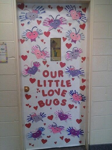 Adorable Valentine's Day Doors for Your Classroom_1_Bored Teachers