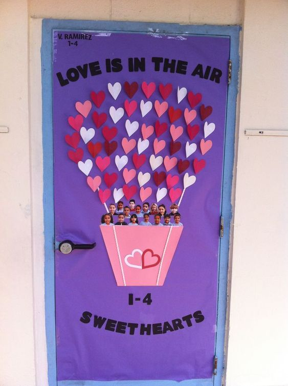 Adorable Valentine's Day Doors for Your Classroom_2_Bored Teachers