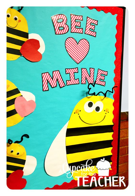 Adorable Valentine's Day Doors for Your Classroom_17_Bored Teachers